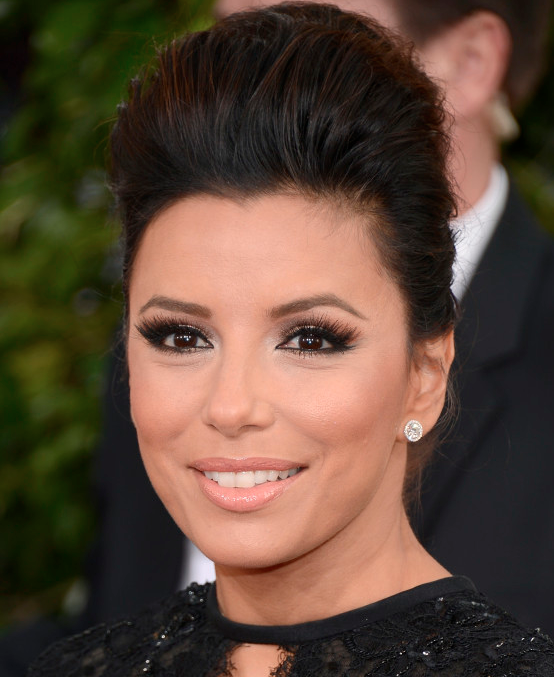 Impecable Eva Longoria en los Golden Globes